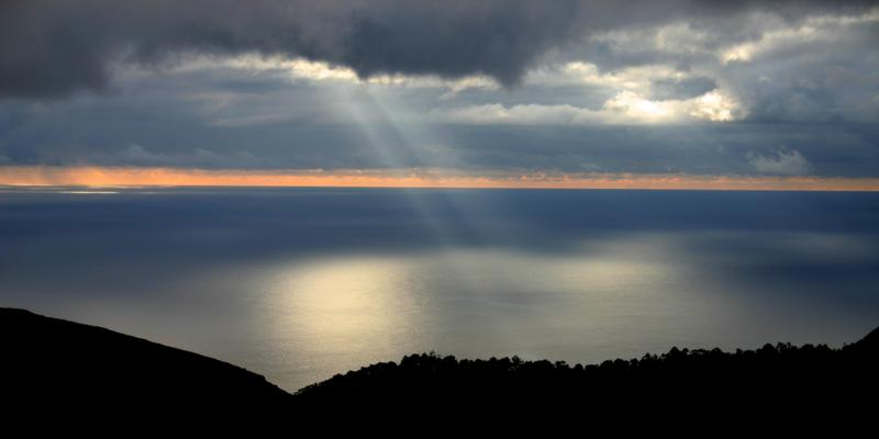 Sun's rays over Blue Hill - an effect known as Crepuscular Rays or as a Jacob's Ladder  (Click to see the full-sized image, opens in a new window or tab)